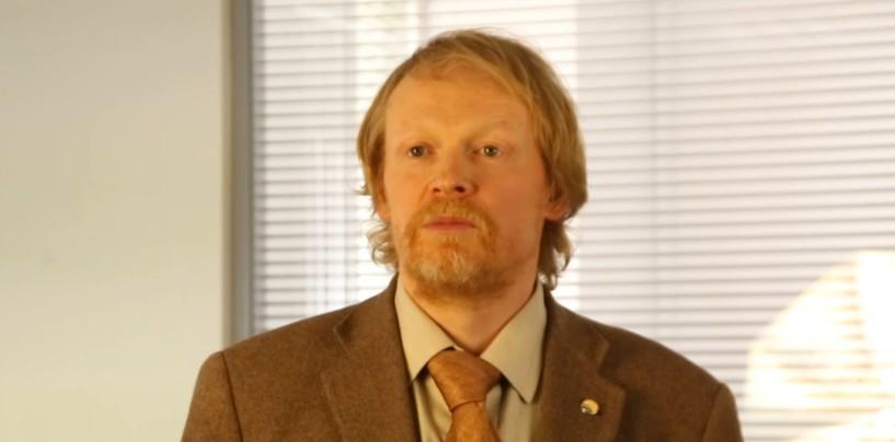 «Убрать любую рекламу проституции с государственного ТВ», — политик Юрий Рязанов