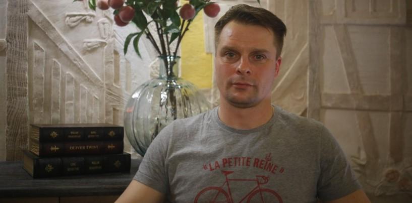 Глупые, рекламные трюки — Александр Носик об отмене 9 мая на Украине