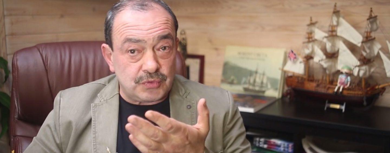 В России не видно даже попыток использовать кризис во благо, уверен Михаил Кожухов