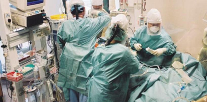 В первую очередь режут «курицу» — здравоохранение — Владимир Назаров.