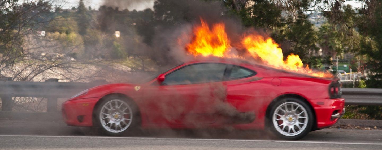 Прокатился с ветерком — сгорела Ferrari